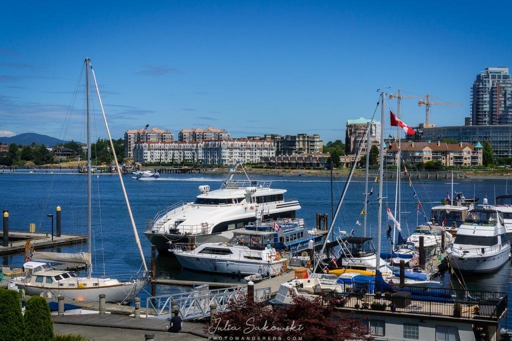 """Причал гостиницы """"Coast Victoria Hotel & Marina"""""""