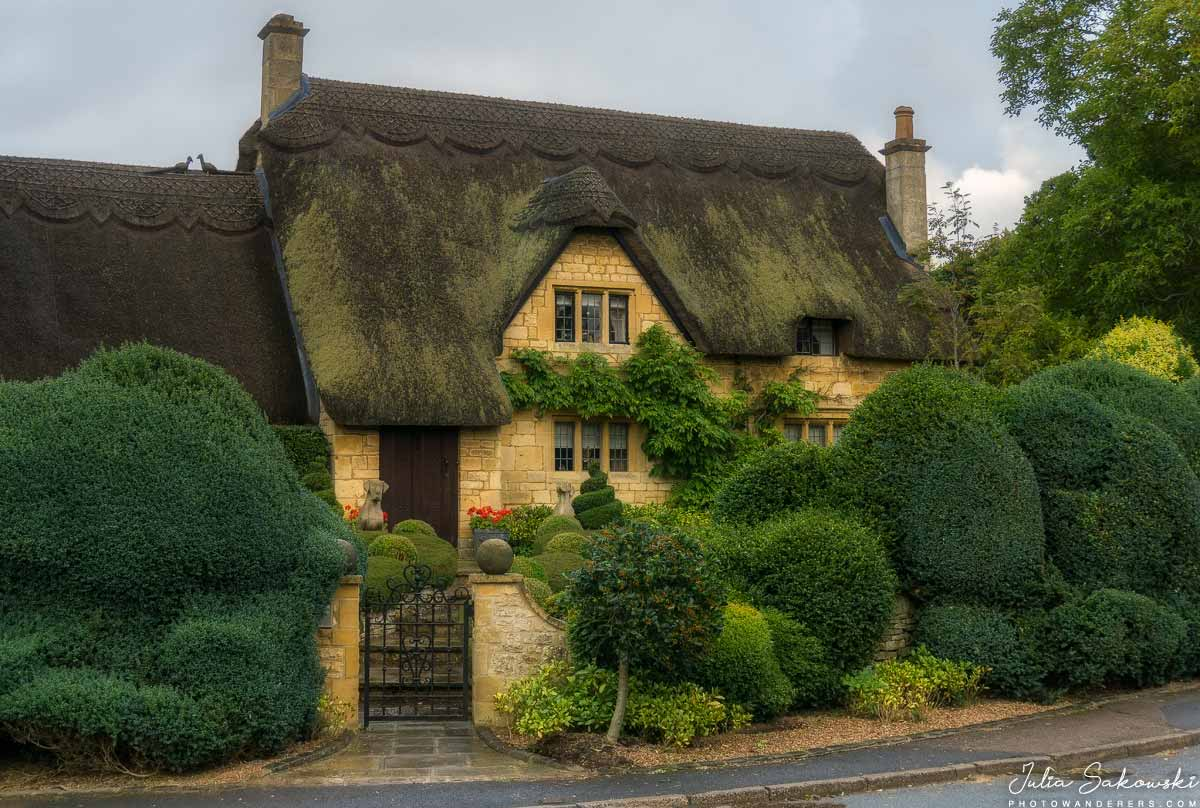 Сказочный дом с соломенной крышей в Чипинг-Кампдене | Fairy tale thatch-roofed house in Chipping Campden
