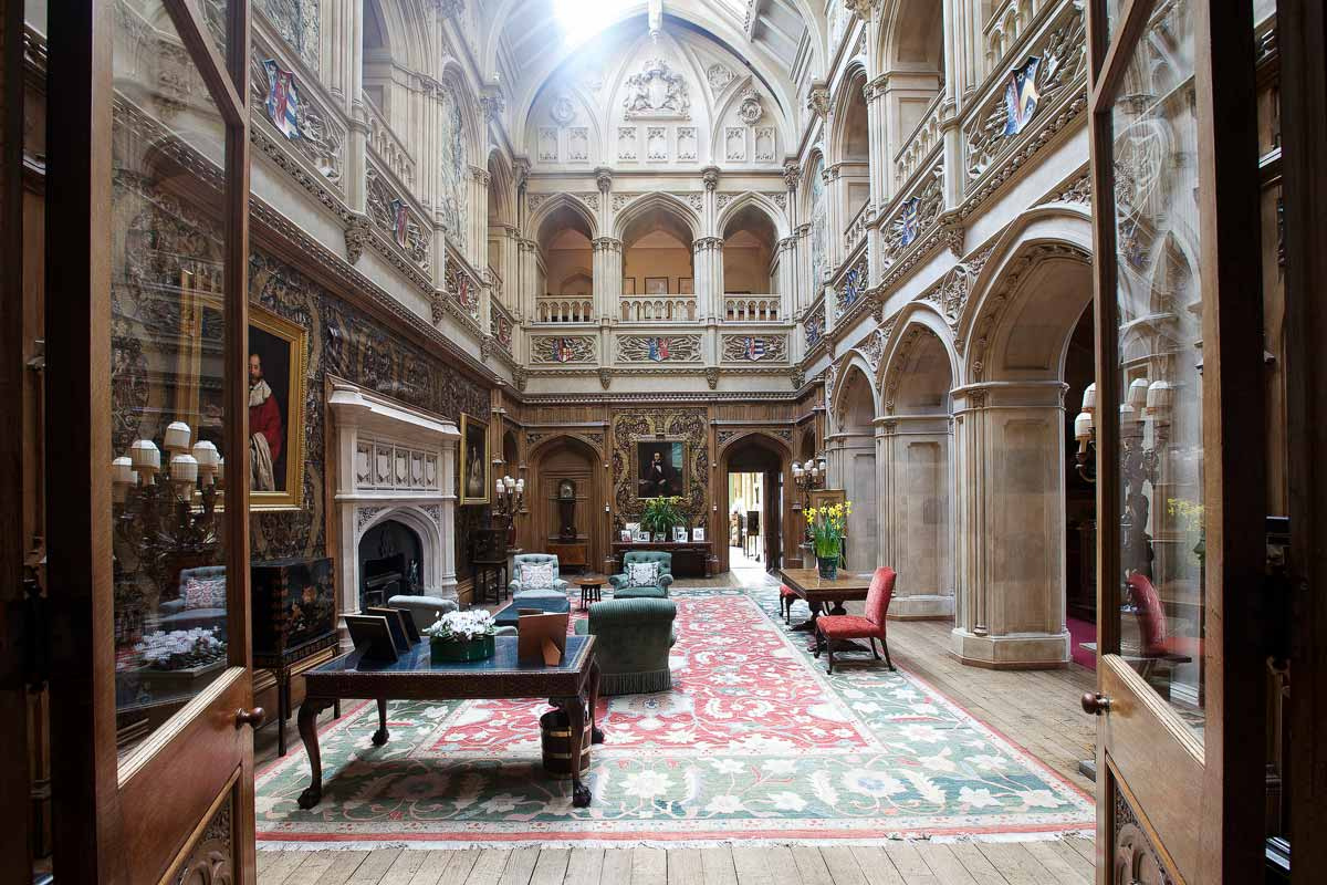 Салон Аббатства Даунтон, Замок Хайклер в Ньюбери, Англия   Downton Abbey saloon, Highclere Castle in Newbury, England