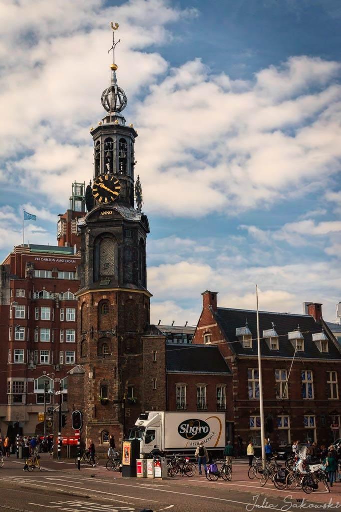 Площадь Мунтплейн с Монетной башней