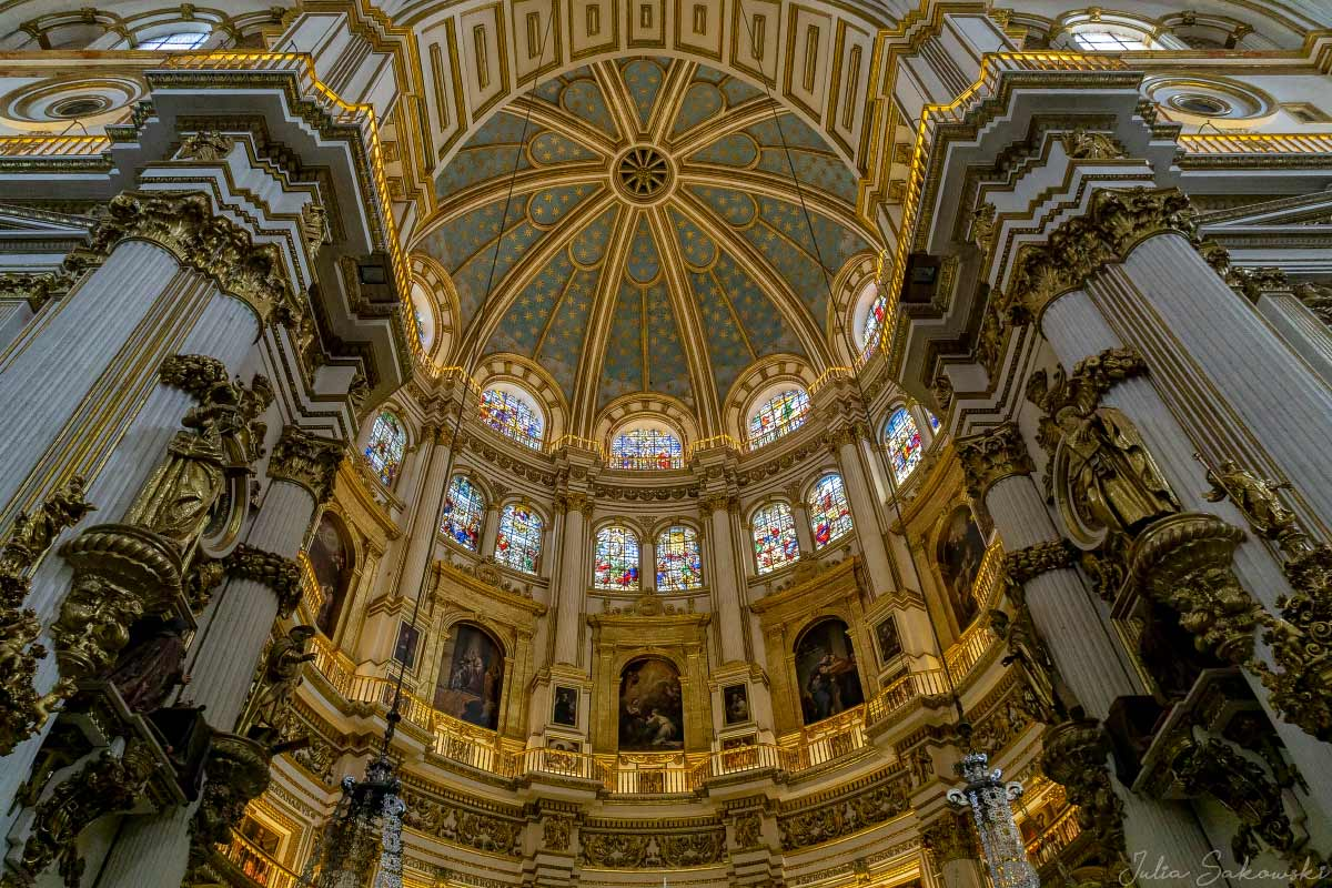 Золотой купол главной часовни Кафедрального собора в Гранаде | Golden dome of Main Chapel in Granada Cathedral