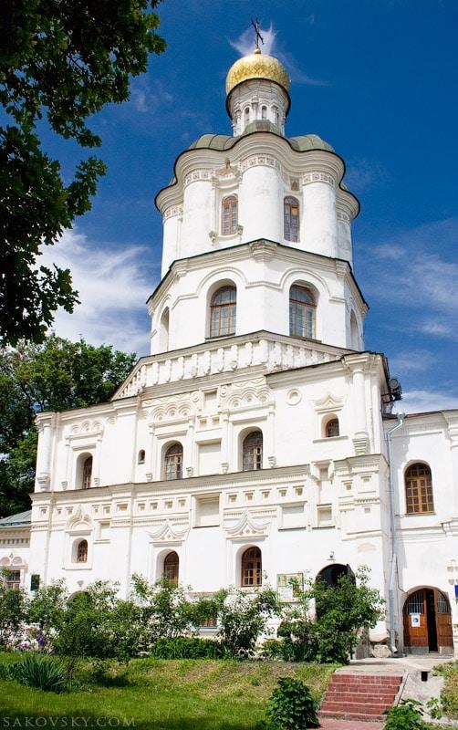 Церковь Иоанна Богослова. Коллегиум.