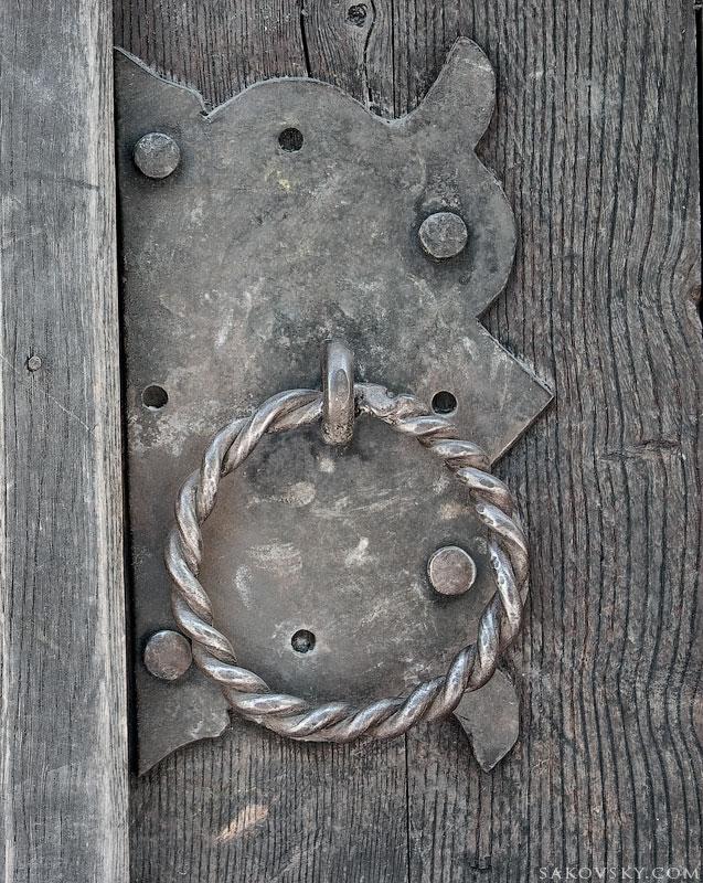 Дверь. Борисоглебский собор