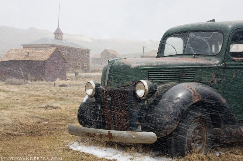 Брошенная машина, город-призрак Боди (Bodie Ghost Town)