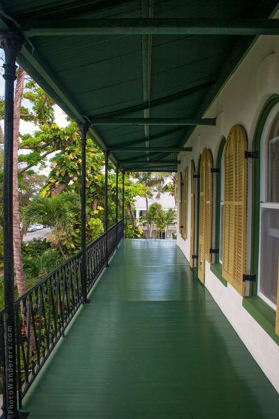 Посещаемый привидениями балкон в доме Хемингуэя