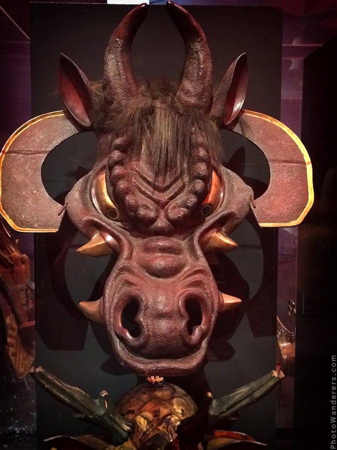 Лошадиная маска, XIX век