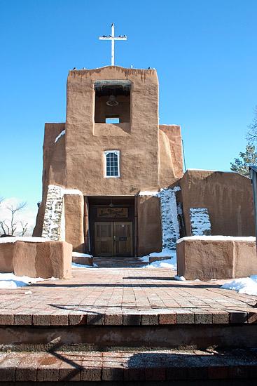 San Miguel Chapel - самая старинная церковь в США (1610)