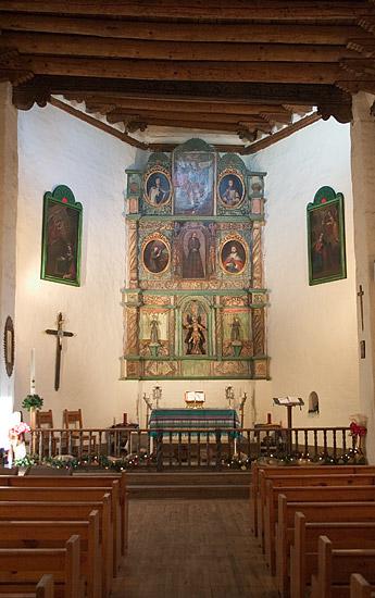 Деревянный алтарь, San Miguel Chapel