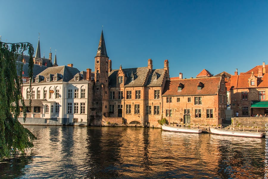 Вид с набережной Роз, Брюгге, Бельгия | Rozenhoedkaai, Brugge, Belgium