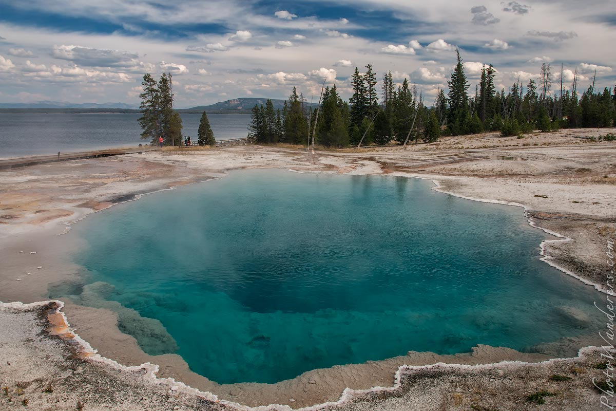 Черный Бассейн, Западный Йеллоустоун (Black Pool, West Thumb Basin, Yellowstone), Вайоминг, США