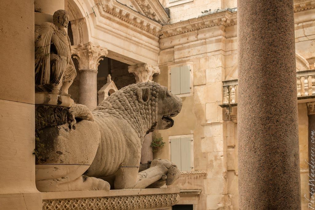 Почти Сфинкс, Дворец Диоклетиана, Сплит, Хорватия | Almost Sphinx, Diocletian's Palace, Сплит, Croatia