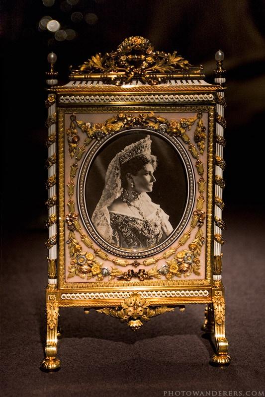 Фоторамка с портретом Александры Федоровны