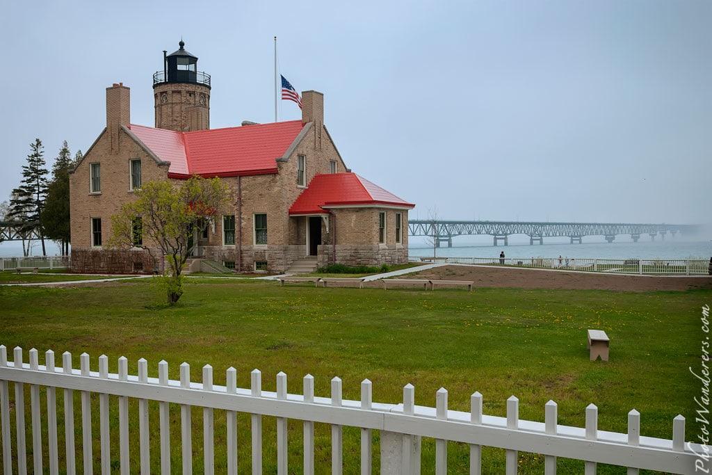 Маяк Старый Макино (Old Mackinac Point Lighthouse), Мичиган