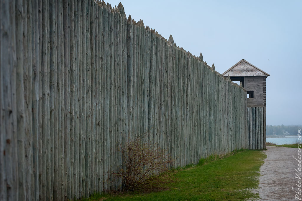Частокол форта Мишилимакино (Fort Michilimackinac)