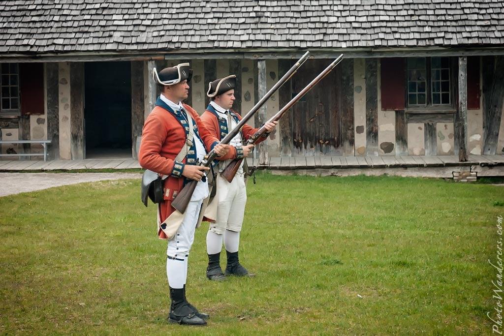 Английские солдаты, форт Мишилимакино, Мичиган