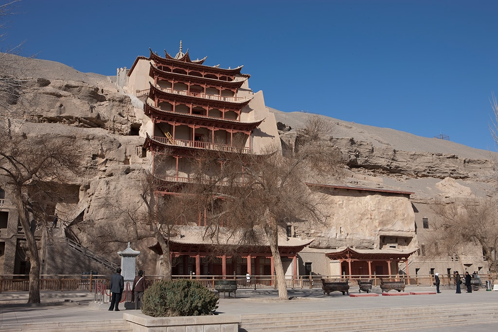 Девятиэтажный храм, Могао, Китай | 9 story temple, Mogao, China