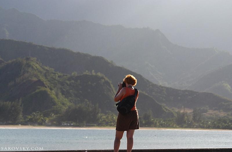 На пирсе в заливе Hanalei, северное побережье, Kauai