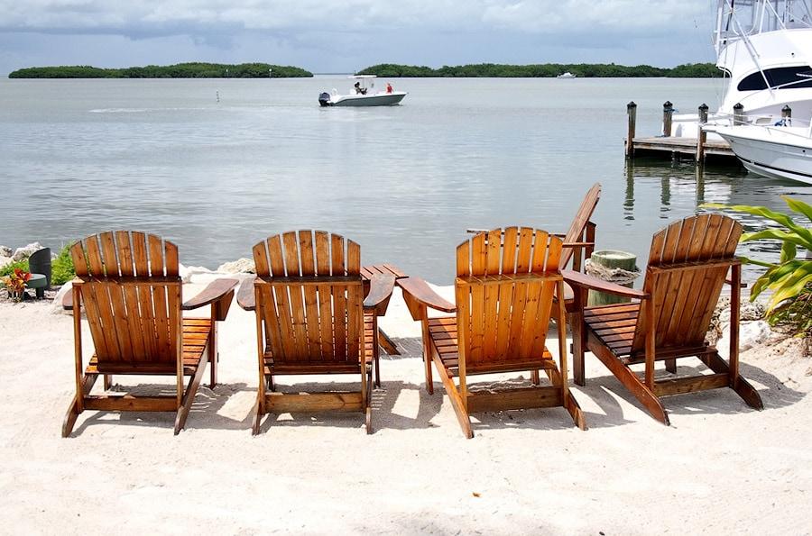 Кресла на пляже Ки-Уэст