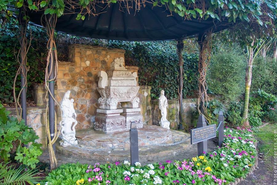 Святилище с прахом Махатмы Ганди