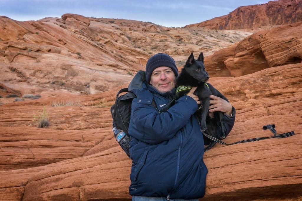 Алекс и Джек на фоне красных камней Долины Огня | Alex and Jack and Valley of Fire red rocks
