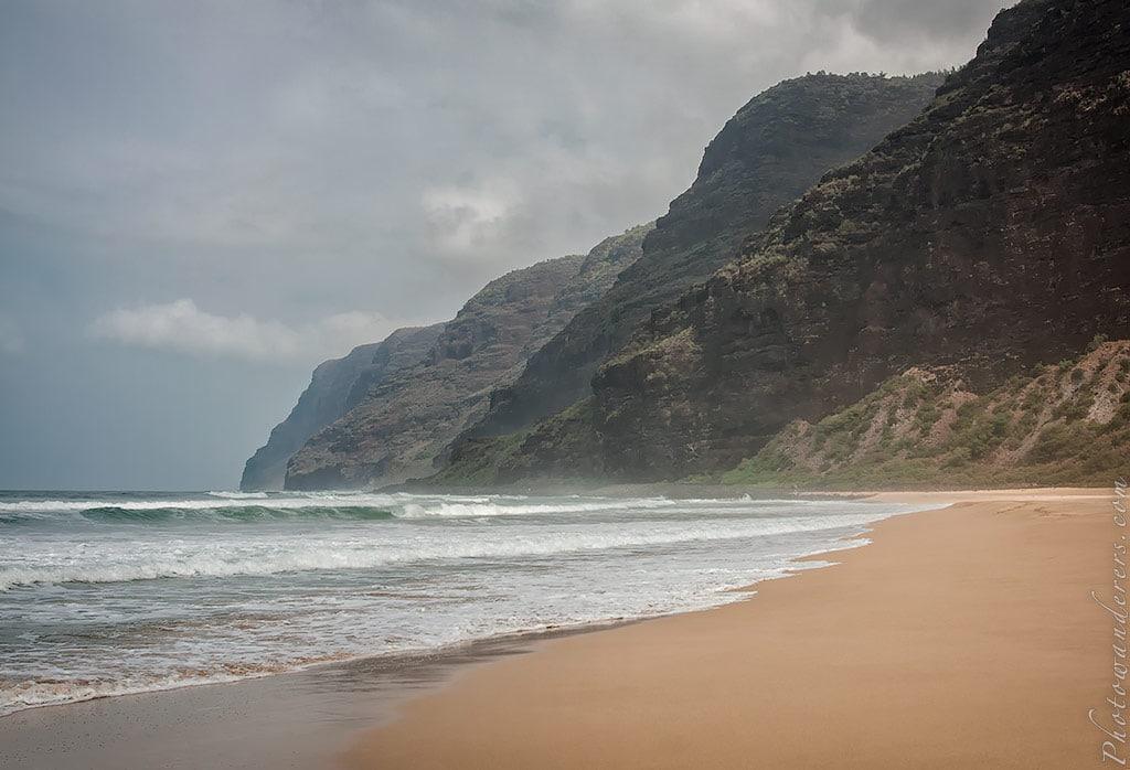 Напали с пляжа Полихале, Кауаи