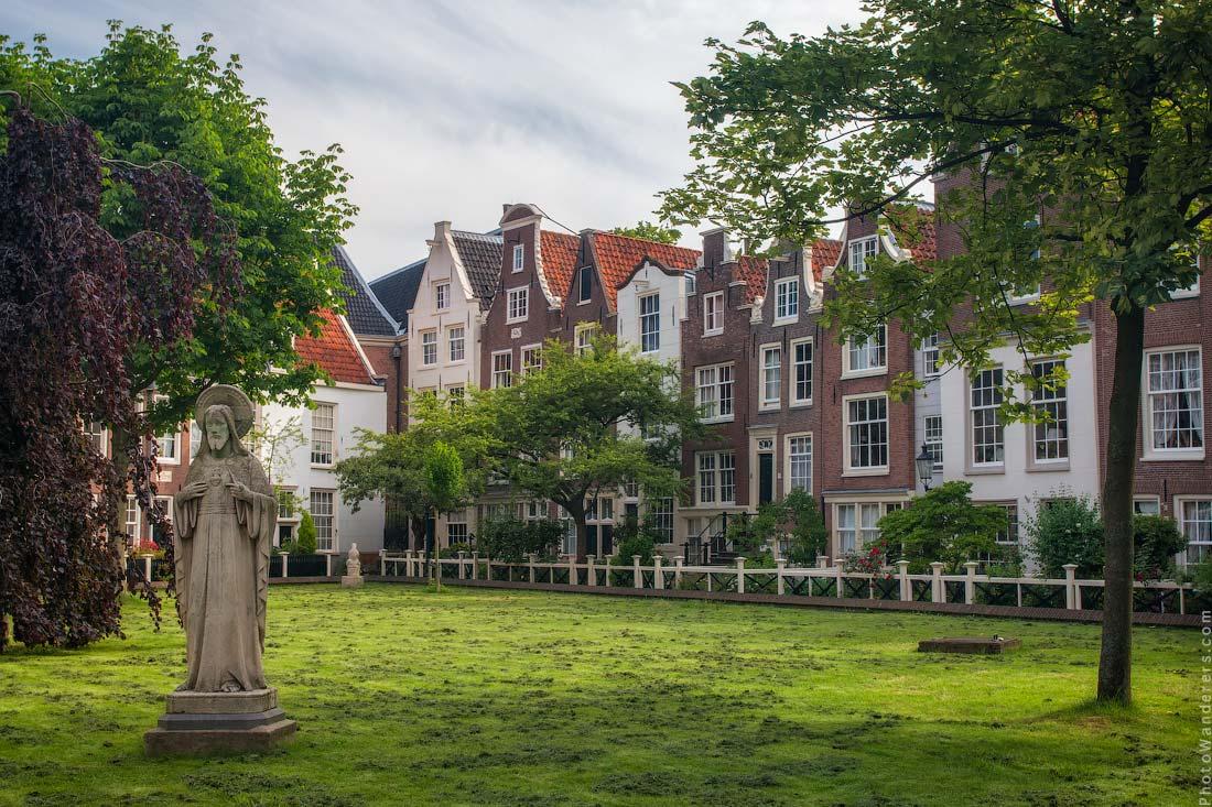 Бегинаж (Begijnhof), Амстердам