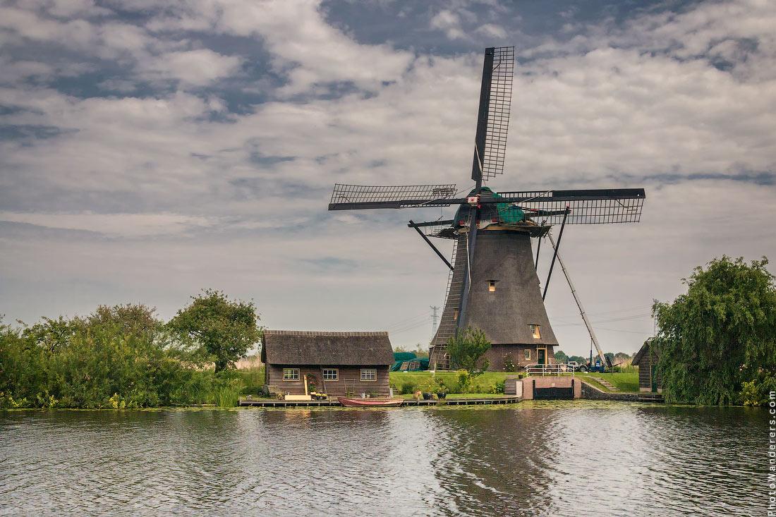 Ветряная мельница в Киндердейке (Kinderdijk)