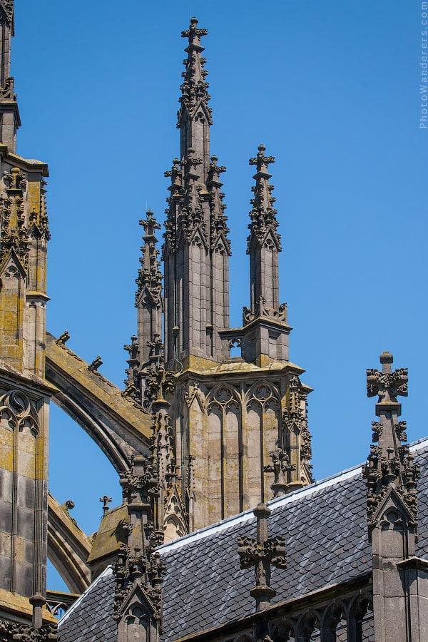 Контрфорсы Домского собора Святого Мартина в Утрехте (St. Martin's Cathedral, Utrecht)