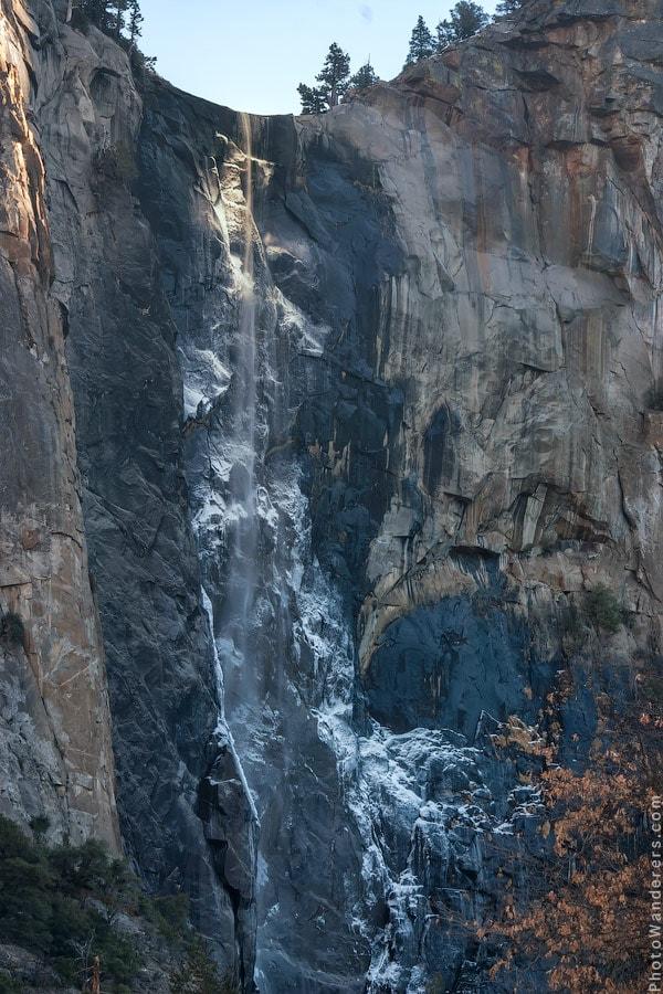 Практически «огненный» водопад «Лошадиный хвост» | Almost on fire, Horsetail waterfall