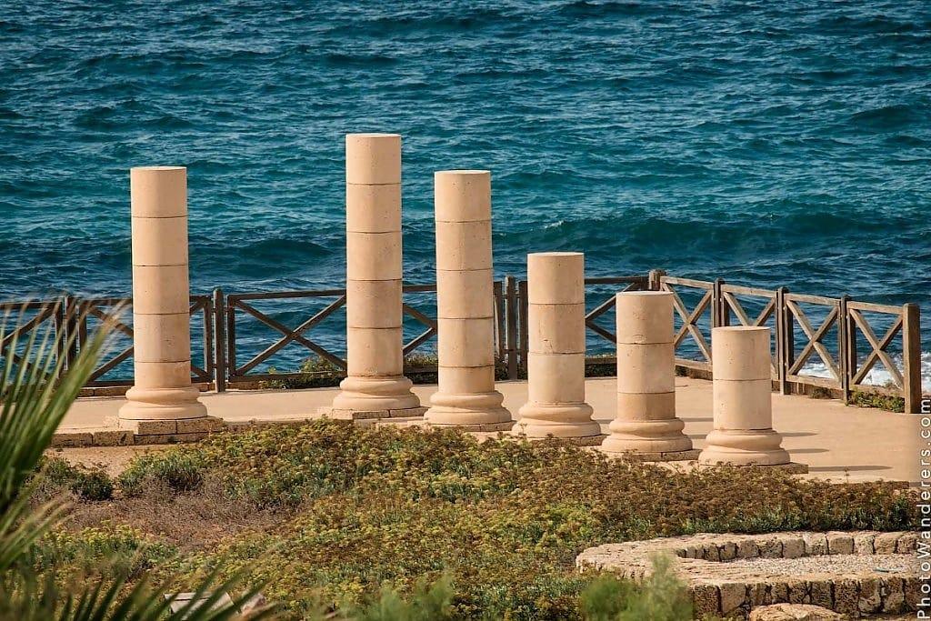 Колонны в Кесарии (Columns in Caesarea), Израиль