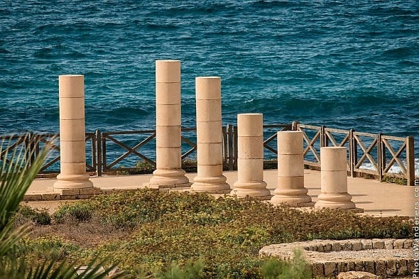 http://photowanderers.com/wp/wp-content/uploads/post/see-israel/caesarea_7295-590x393.jpg