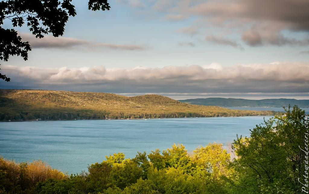 Вид на озеро Глен | Glen Lake Overlook