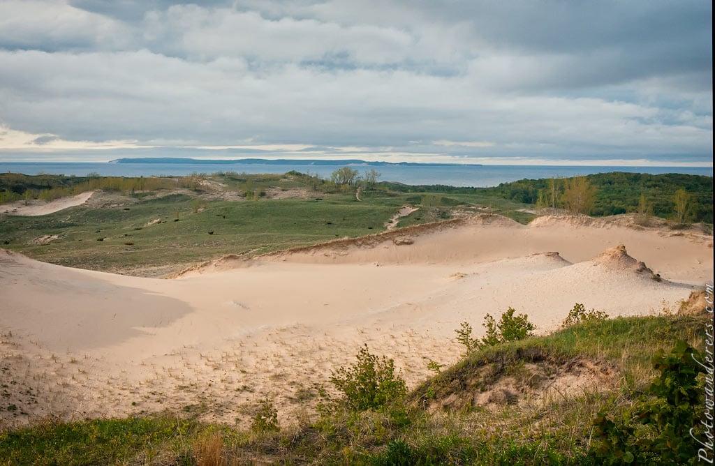 Вид со смотровой площадки Дюны, Парк Дюны Спящего Медведя | Dune Overlook