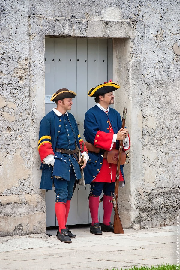 Часовые форта | Fort Sentries