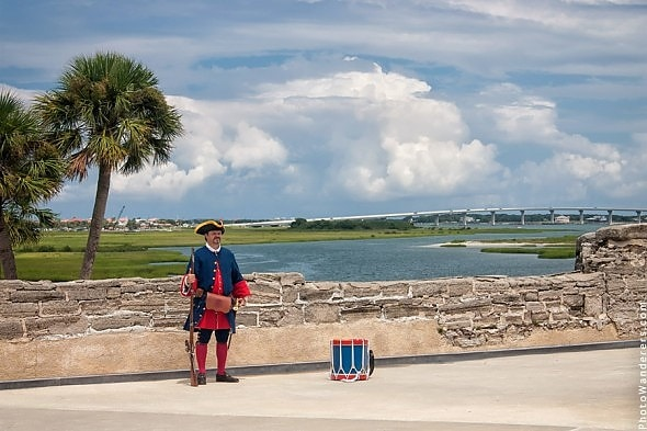 Путеводитель по Блогу: Одинокий часовой у стены, Сент-Августин, Флорида