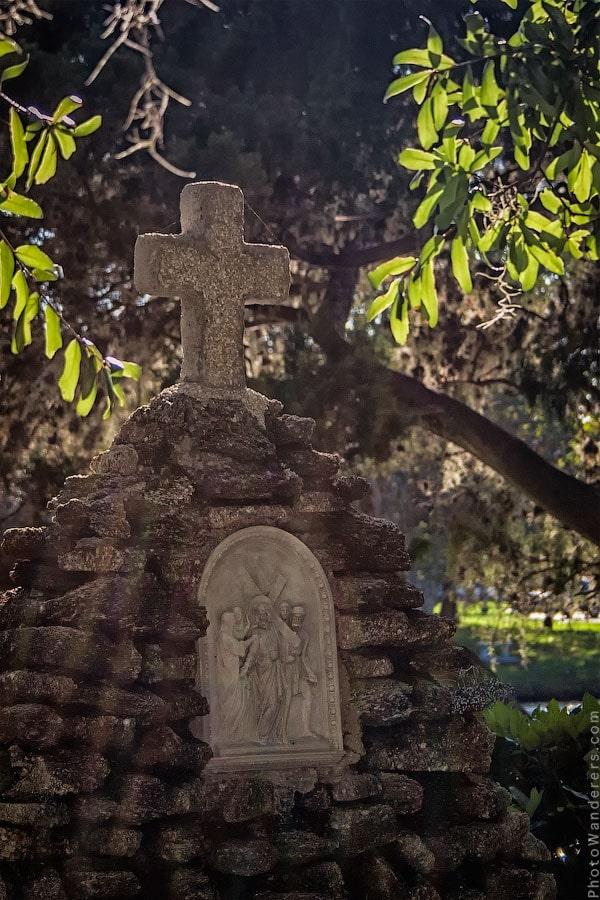 Надгробие католического кладбища в Сент-Огастин, Флорида