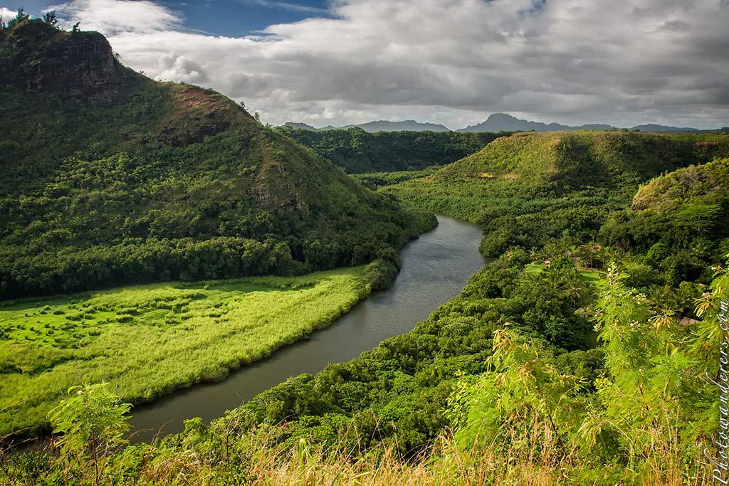 Вид на реку Ваилуа, Кауаи, Гавайи | Wailua River view, Kauai, Hawaii