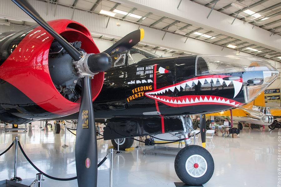 Дуглас A-26 «Инвэйдер» (Douglas A-26 Invader) — американский средний бомбардировщик