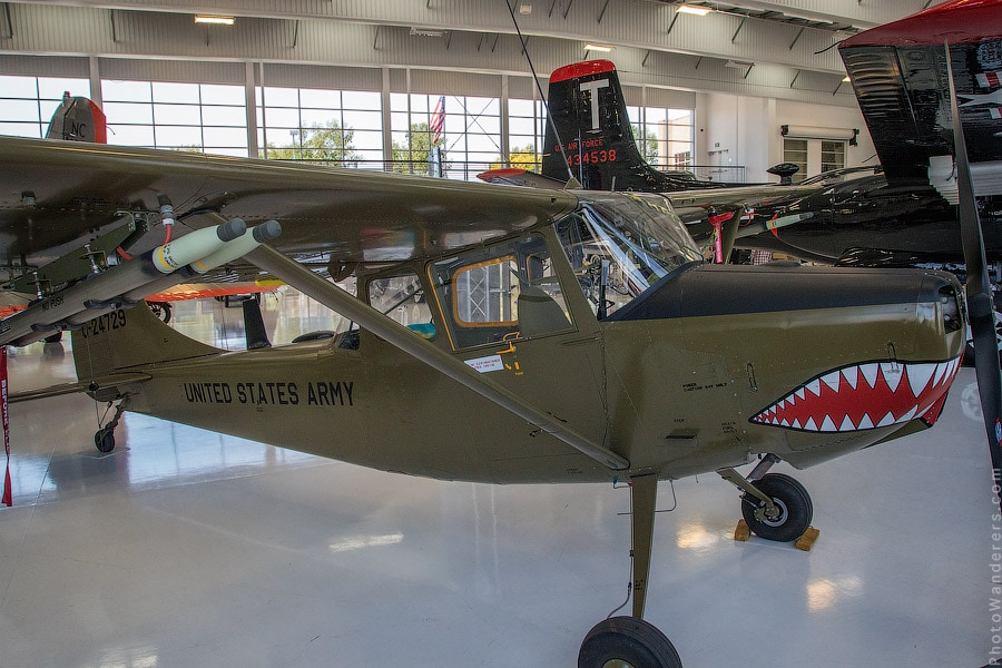 Цессна О-1 (Cessna O-1 Bird Dog) - двухместный моноплан для связи и наблюдения