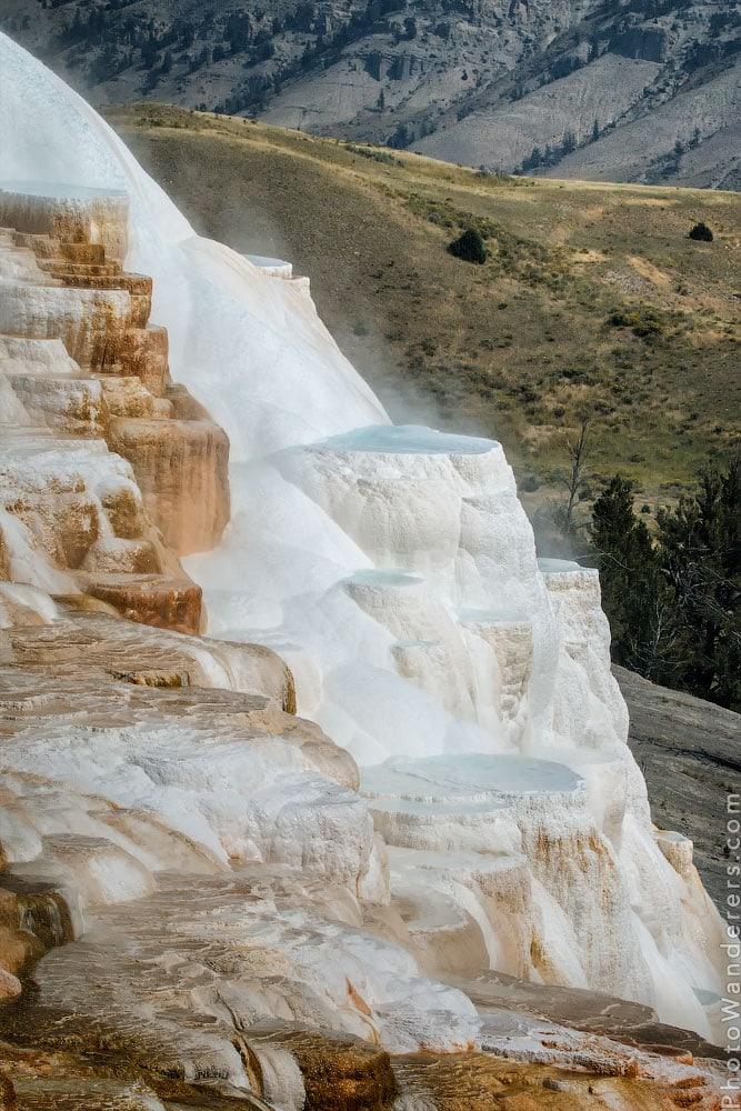 Мамонтовы горячие источники (Mammoth Hot Springs), Йеллоустон